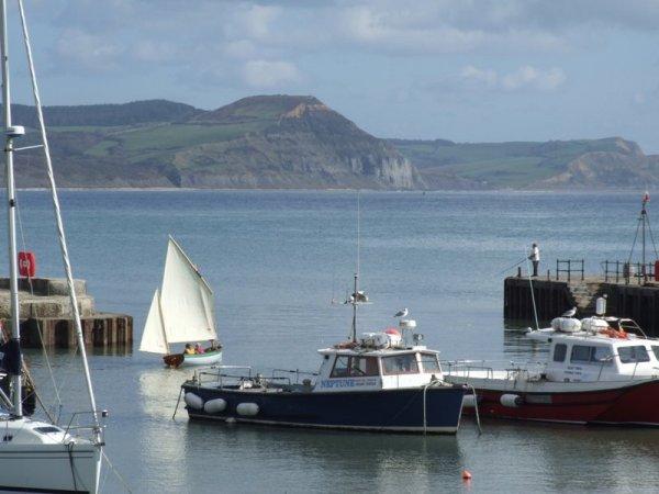 Tammie Norrie leaves Lyme Bay harbour